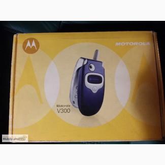 Мобильный телефон Motorola V300