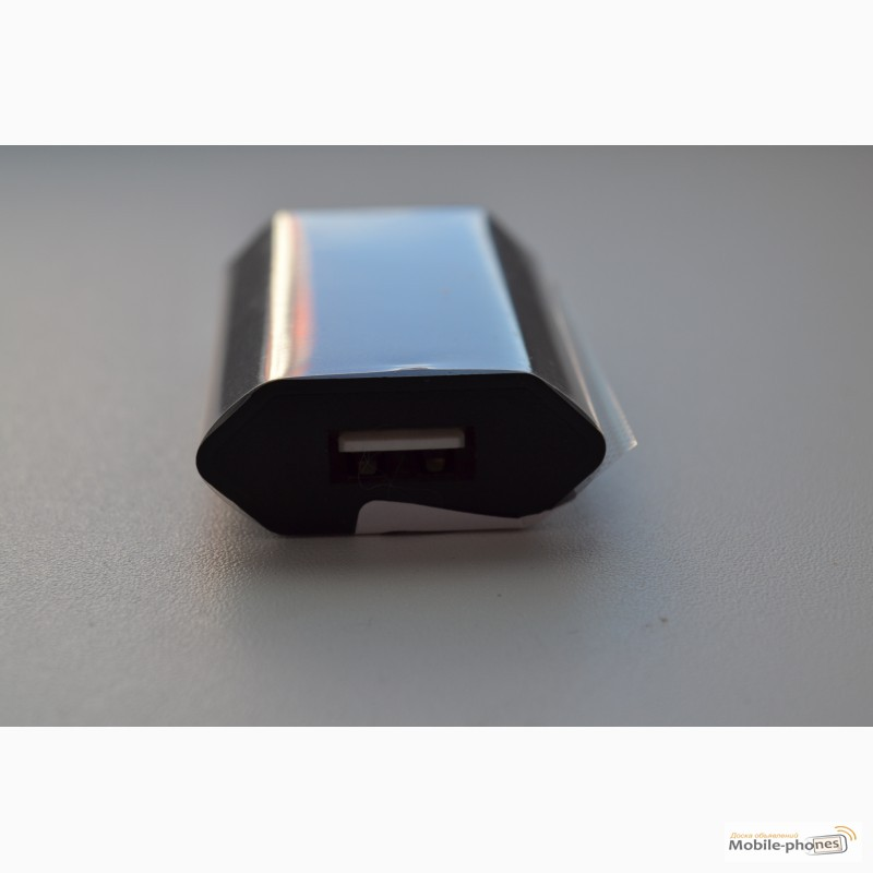Фото 6. Зарядное устройство, адаптер питания + USB шнур
