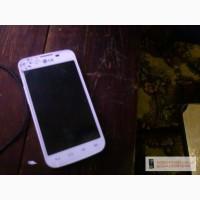 Телефон LG E 455