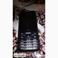 Продам новейший телефон Fly DS133