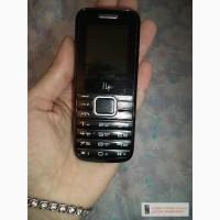 Продам мобильный телефон Fly TS-91 на 3 сим-карты