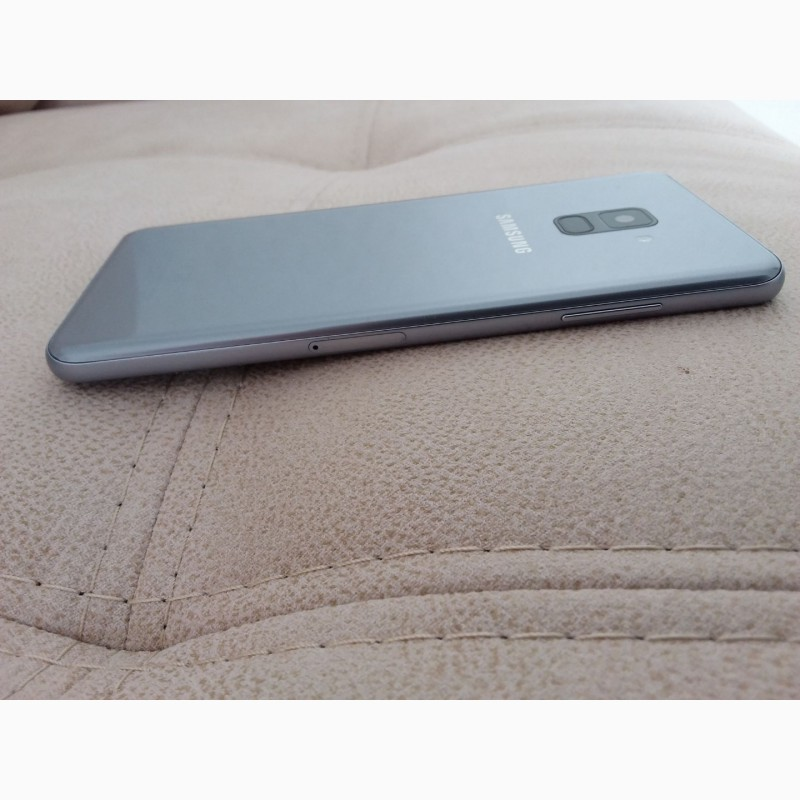 Фото 10. Продам смартфон SAMSUNG А 8 + в отличном состоянии